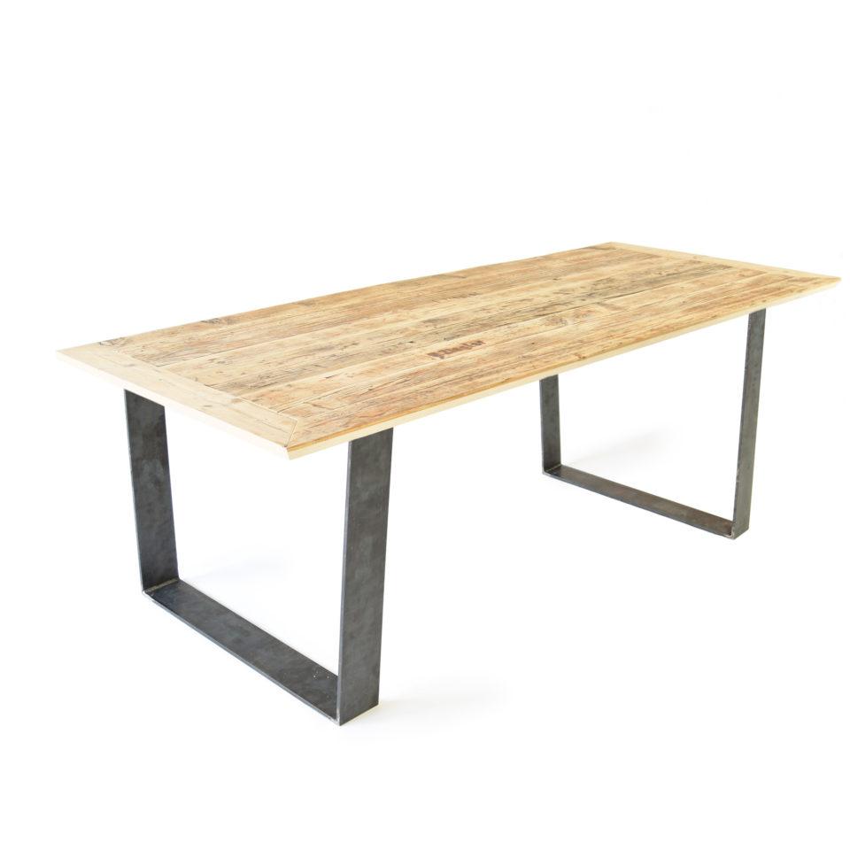 lignaro. Upcycling Tisch in Fichte
