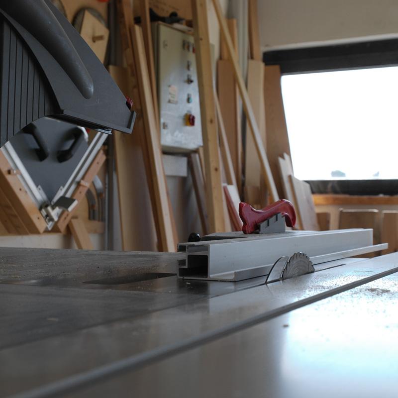 WIR soziale Werkstatt für unsere Upcycling Möbel
